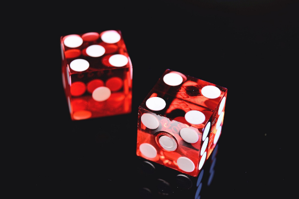 Picture of dice - thanks to the artist on Pexels