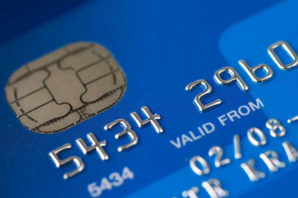 A picture of a credit card to represent spending at an online casino